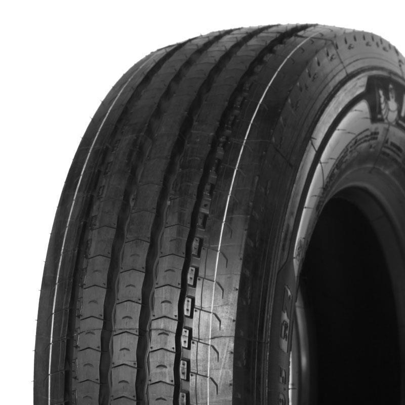 215/75 R17.5 Michelin Multi Z 126/124